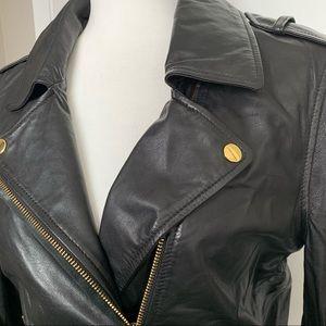 Danier Women's Black Leather Moto Jacket sz Small